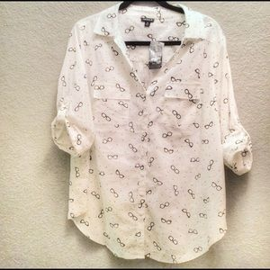 torrid Glasses Print Button Down Blouse NWT